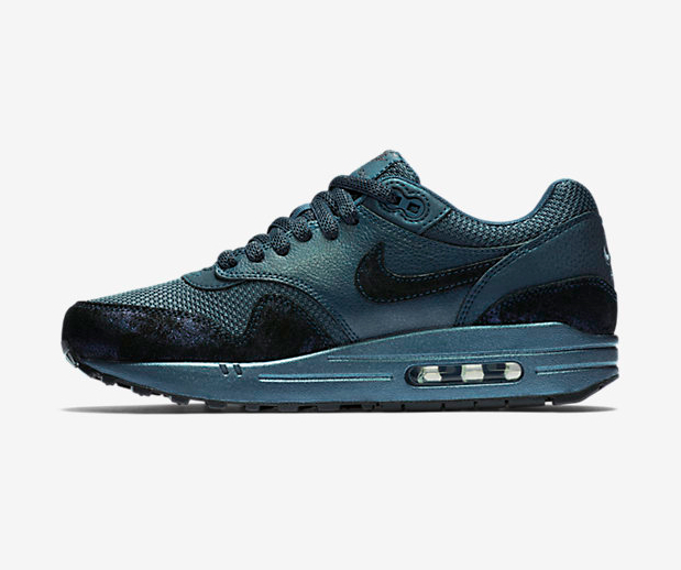 Nike-Wmns-Air-Max-1-Premium-Squadron-Blue-454746-401-5