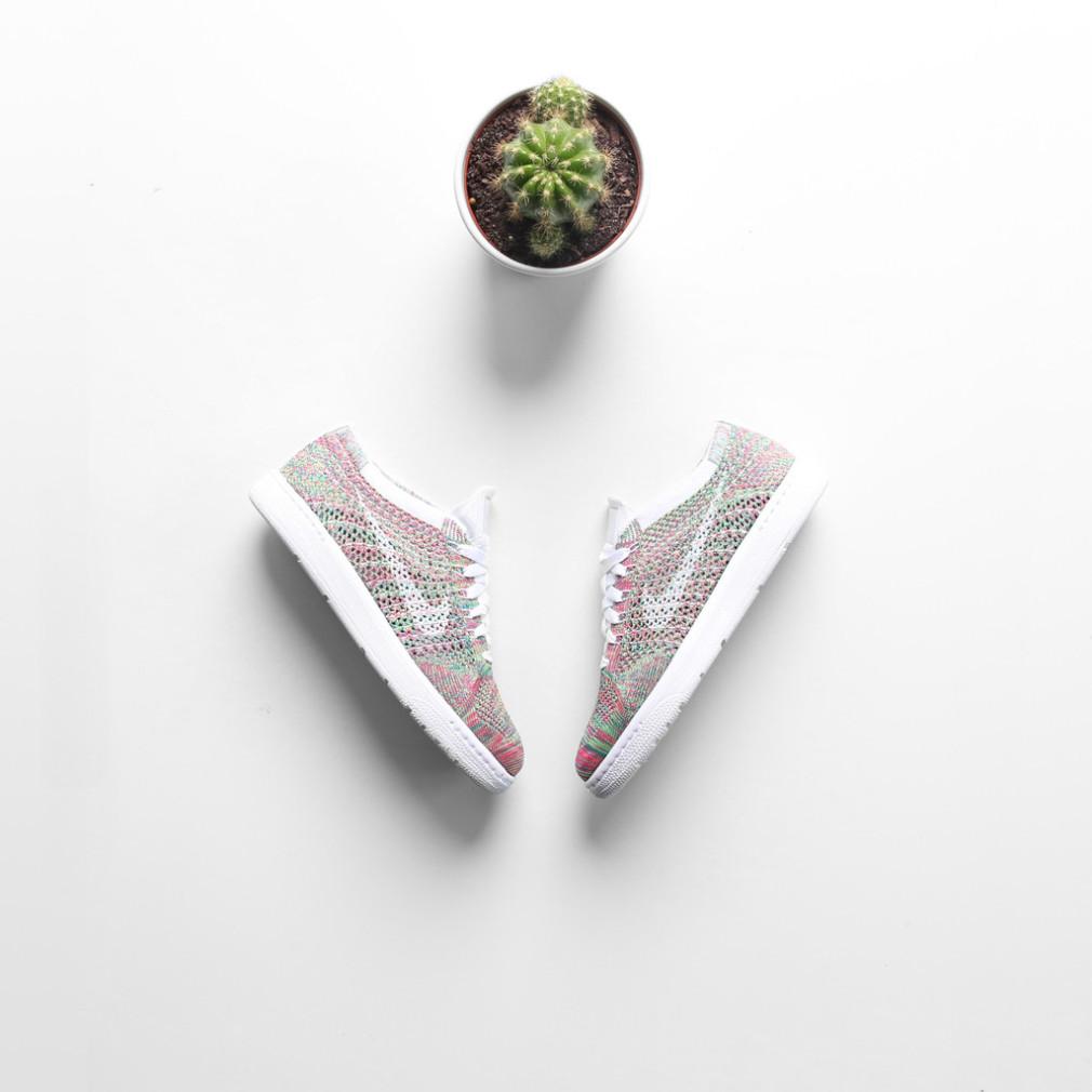 Nike Wmns Tennis Classic Ultra Flyknit