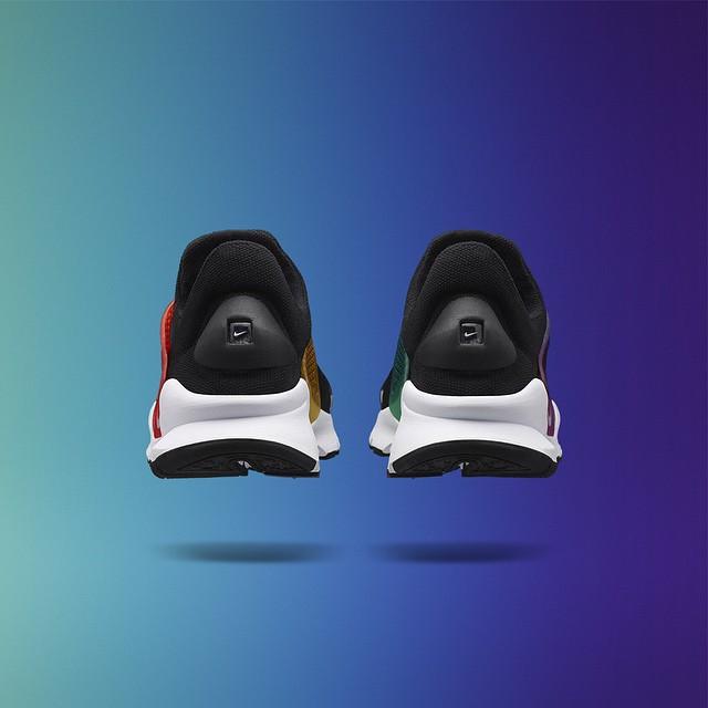 NikeLab Sock Dart be true