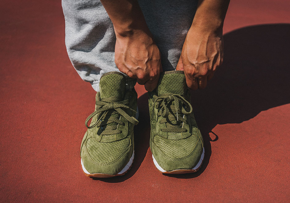 Packer-Exclusive-Saucony-Shadow-6000-Olive-05