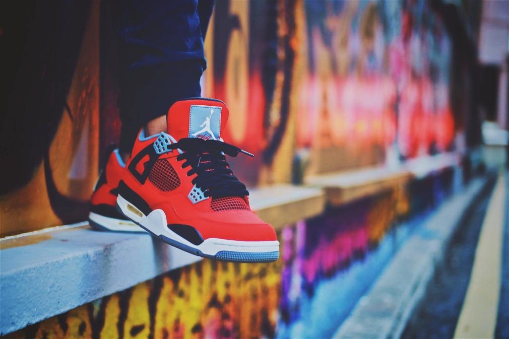 Paul Lanuzo - Air Jordan IV Red