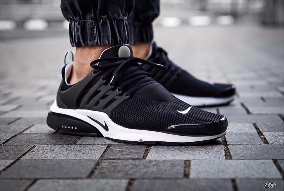 Nike Presto Noir Fluo