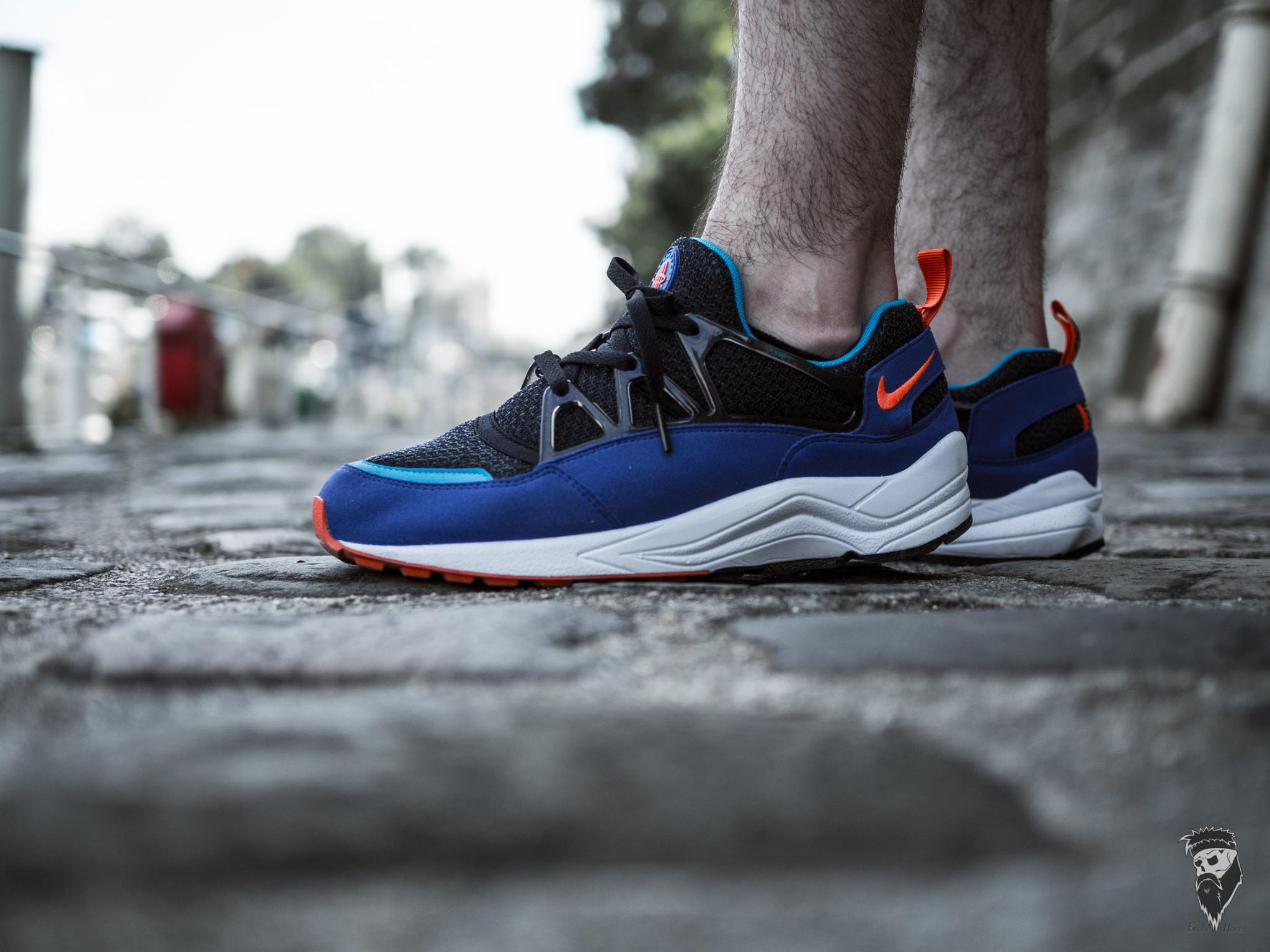 Thomas Swoosh - Nike Air Huarache Light Ultramarine