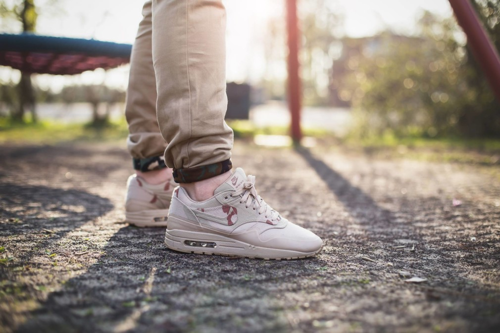 Tim-Vallentin-Air-Max-1-MC-SP-Desert-Camo