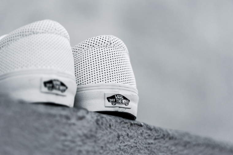 Vans Era Perforated Leather Triple White
