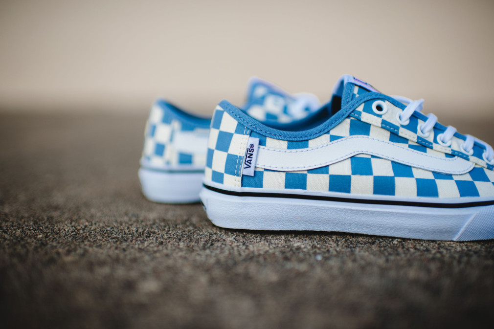 Vans_Surf_CheckersBlue_8_1024x1024