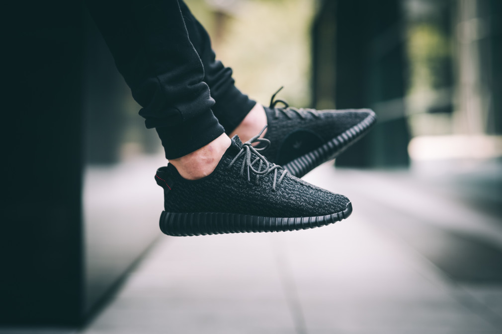 adidas-Yeezy-Boost-350-Black–Nouvelles-Images-10