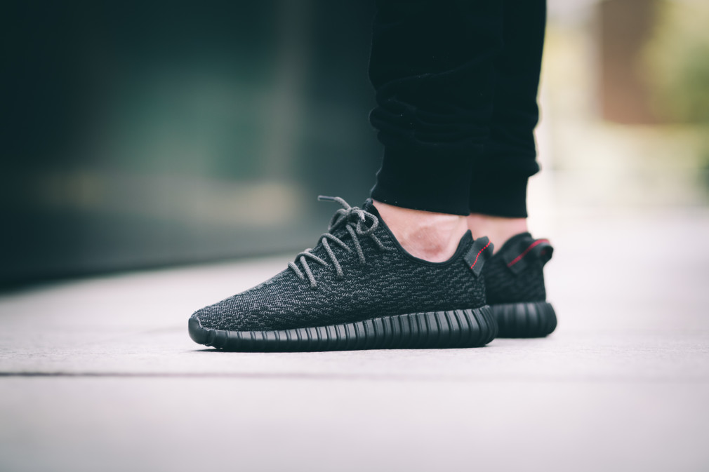 adidas-Yeezy-Boost-350-Black–Nouvelles-Images-8