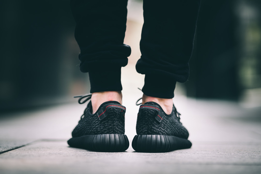 adidas-Yeezy-Boost-350-Black–Nouvelles-Images-9