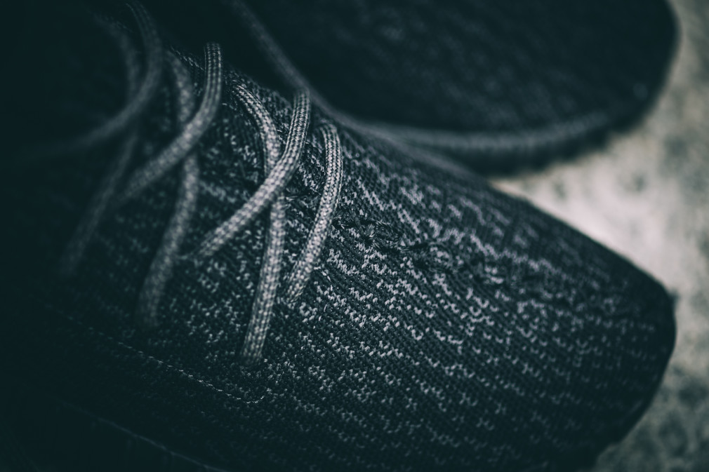 adidas-Yeezy-Boost-350-Black–Nouvelles-Images-6