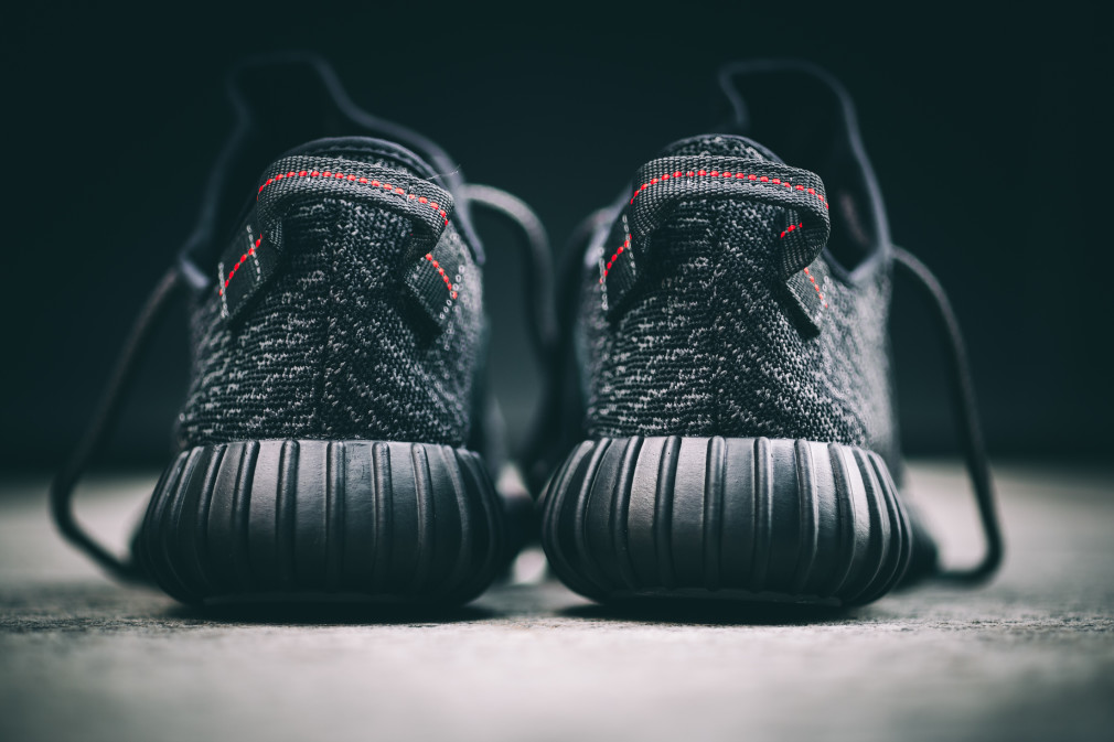 adidas-Yeezy-Boost-350-Black–Nouvelles-Images-1