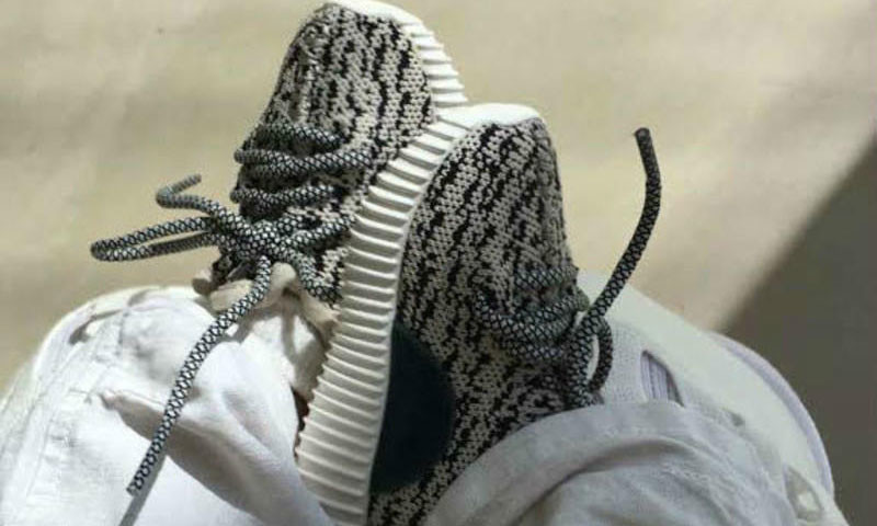 adidas-yeezy-boost-350-pour-enfants-baby-02