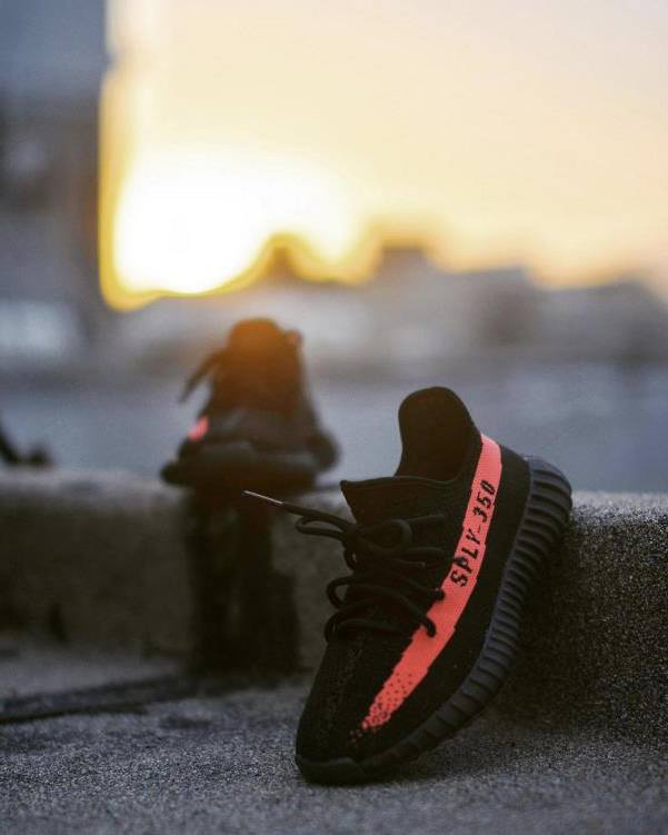 Shop Yeezy boost 350 v2 'black red' cp9652 full sizes uk Size 7 Trade It
