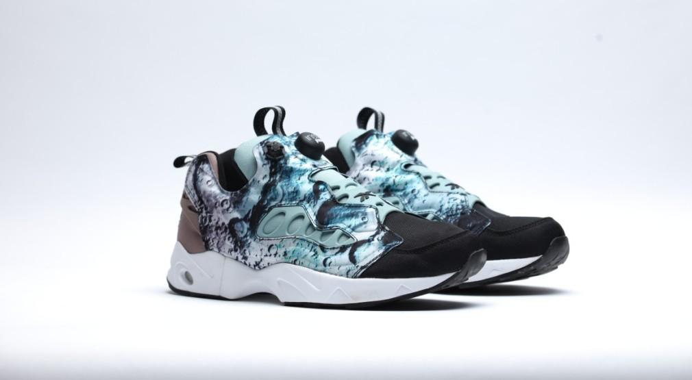 afew-store-sneaker-reebok-instapump-fury-road-blackwinter-sagesandy-taupe-white-34