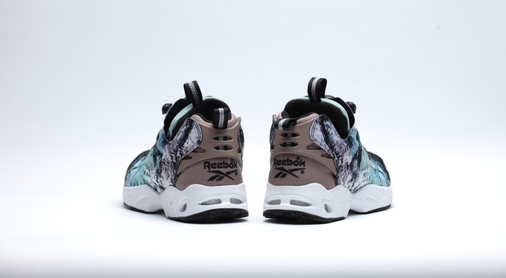 afew-store-sneaker-reebok-instapump-fury-road-blackwinter-sagesandy-taupe-white-35