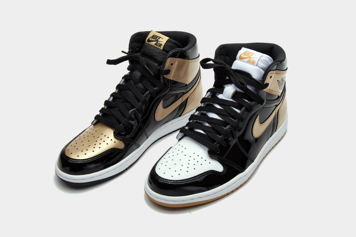 Air Jordan 1 Gold Top 3 : release date