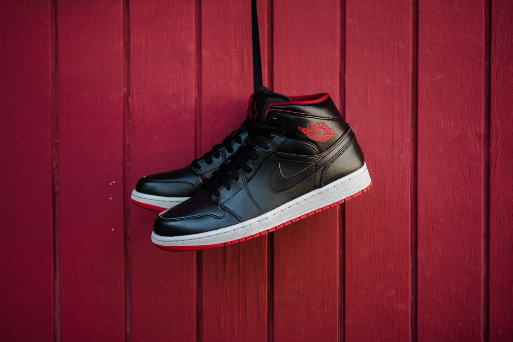 Air Jordan 1 Mid Black-Gym Red