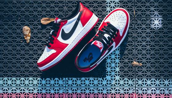 "Air Jordan 1 Retro Low OG ""Chicago"""