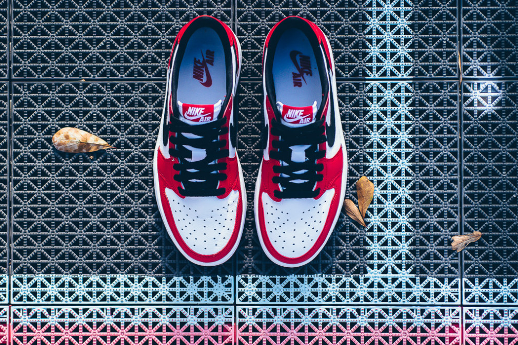 Air Jordan 1 Retro Low OG - 'Chicago'