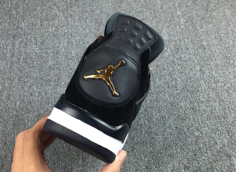 Air Jordan 4 Retro Royalty ...