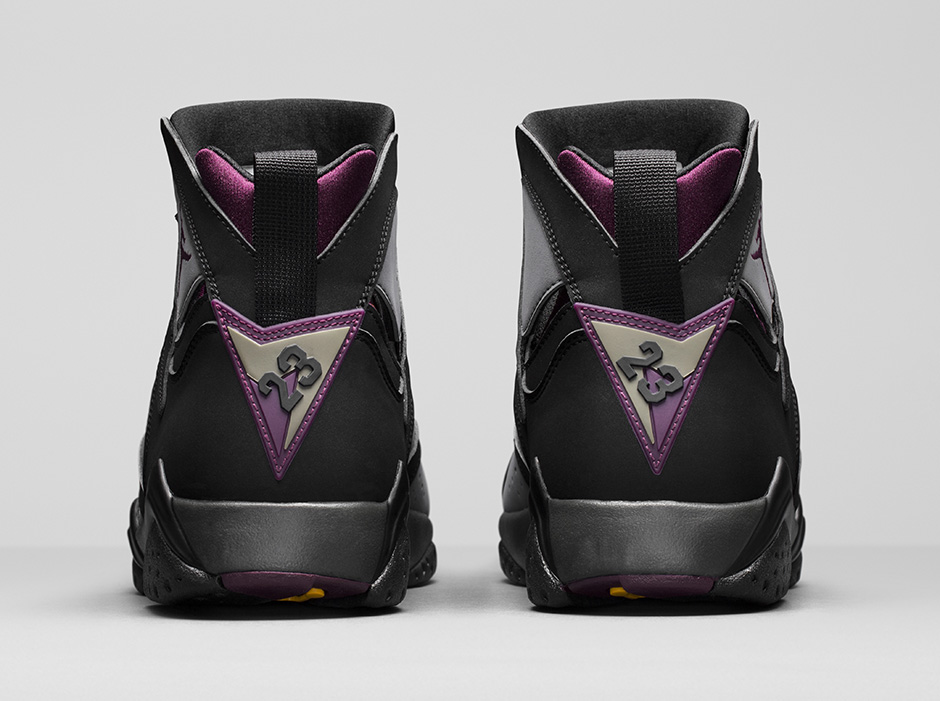 air-jordan-7-retro-bordeaux-remastered-03