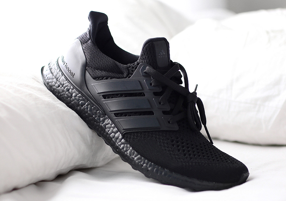 BA4677 adidas ultra boost triple black