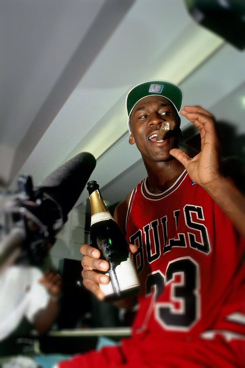 michael jordan 39 s fortune rise to billions sneakers addict. Black Bedroom Furniture Sets. Home Design Ideas