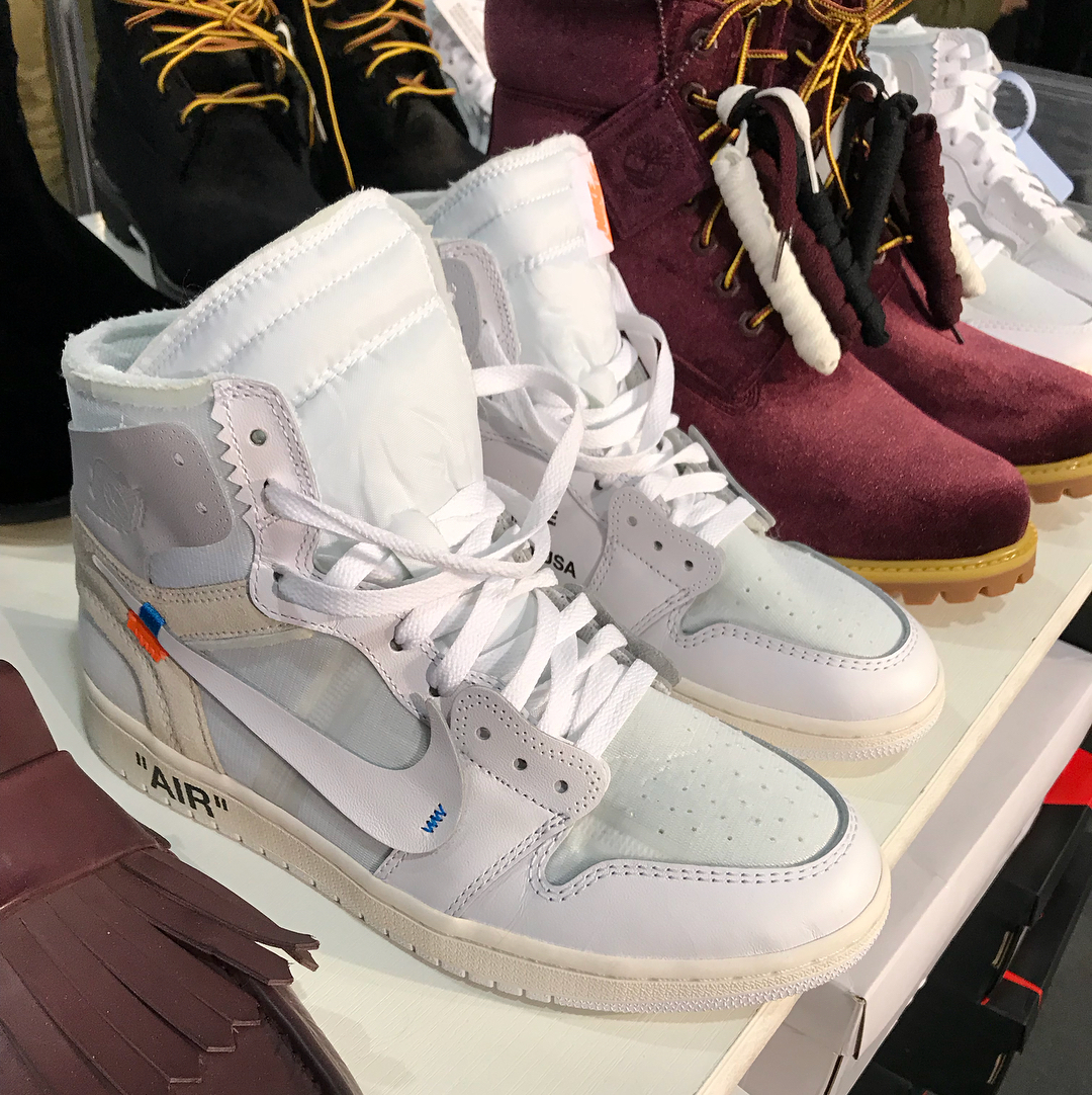 des jordan 1 off white blanches bient t disponibles wave. Black Bedroom Furniture Sets. Home Design Ideas