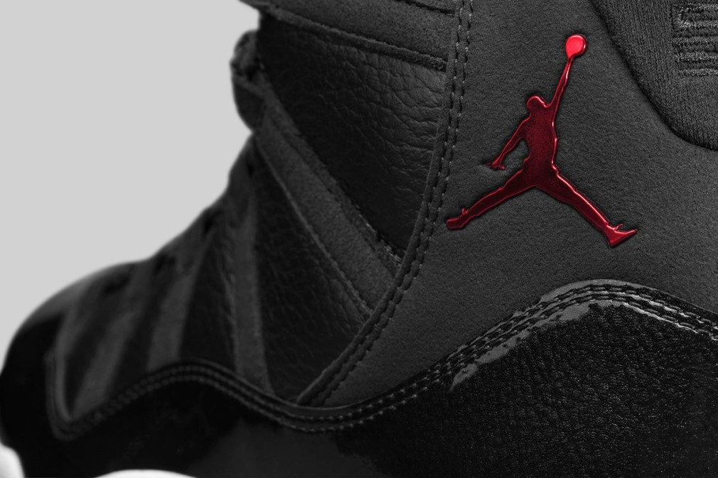 Air Jordan XI 72-10 Images Officielles 4