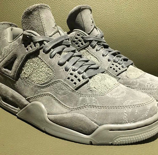 Kaws x Air Jordan 4 Grey