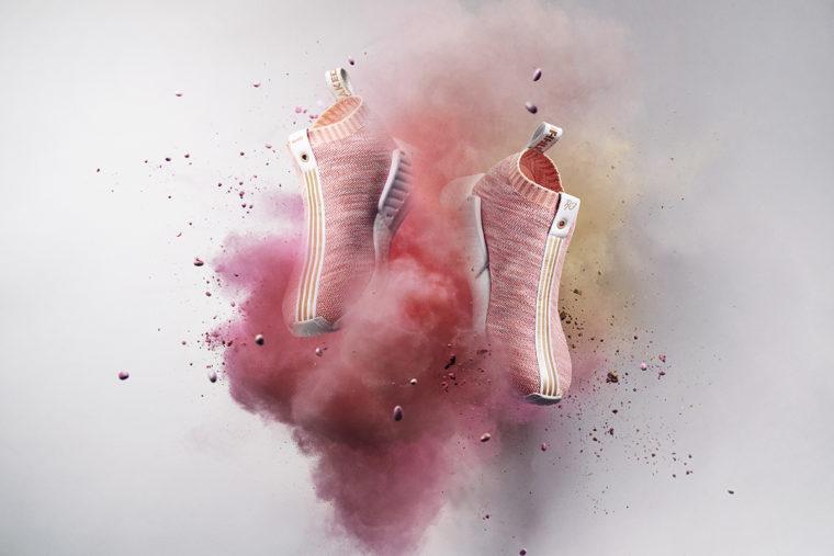 Data wydania oryginalne buty Cena hurtowa adidas NMD CS2 Primeknit Red Glitch Harvest Retro Shoes