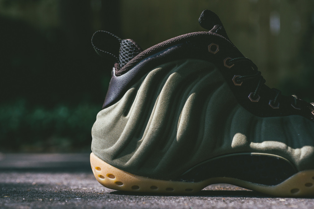 Nike Air Foamposite One PRM Olive Velvet Brown