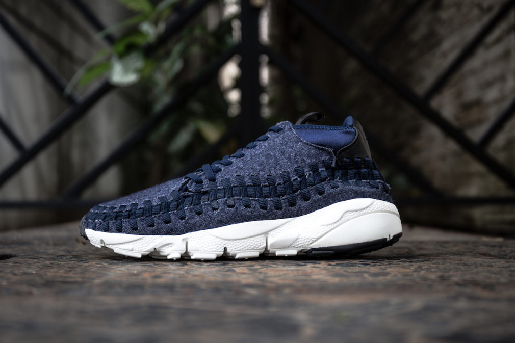 857874-400 nike air footscape woven chukka se denim