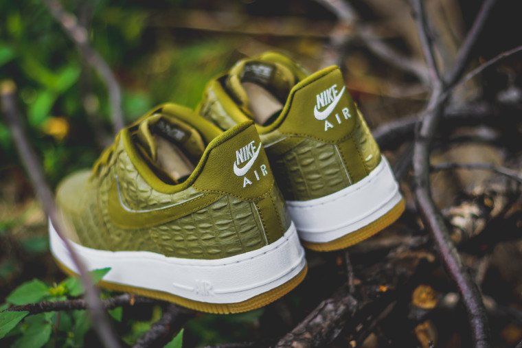 "Nike Air Force 1 '07 LV8 ""Militia Green"""