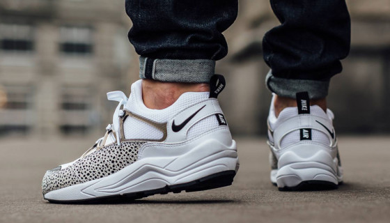 Nike Wmns Air Huarache Light White Safari PRM