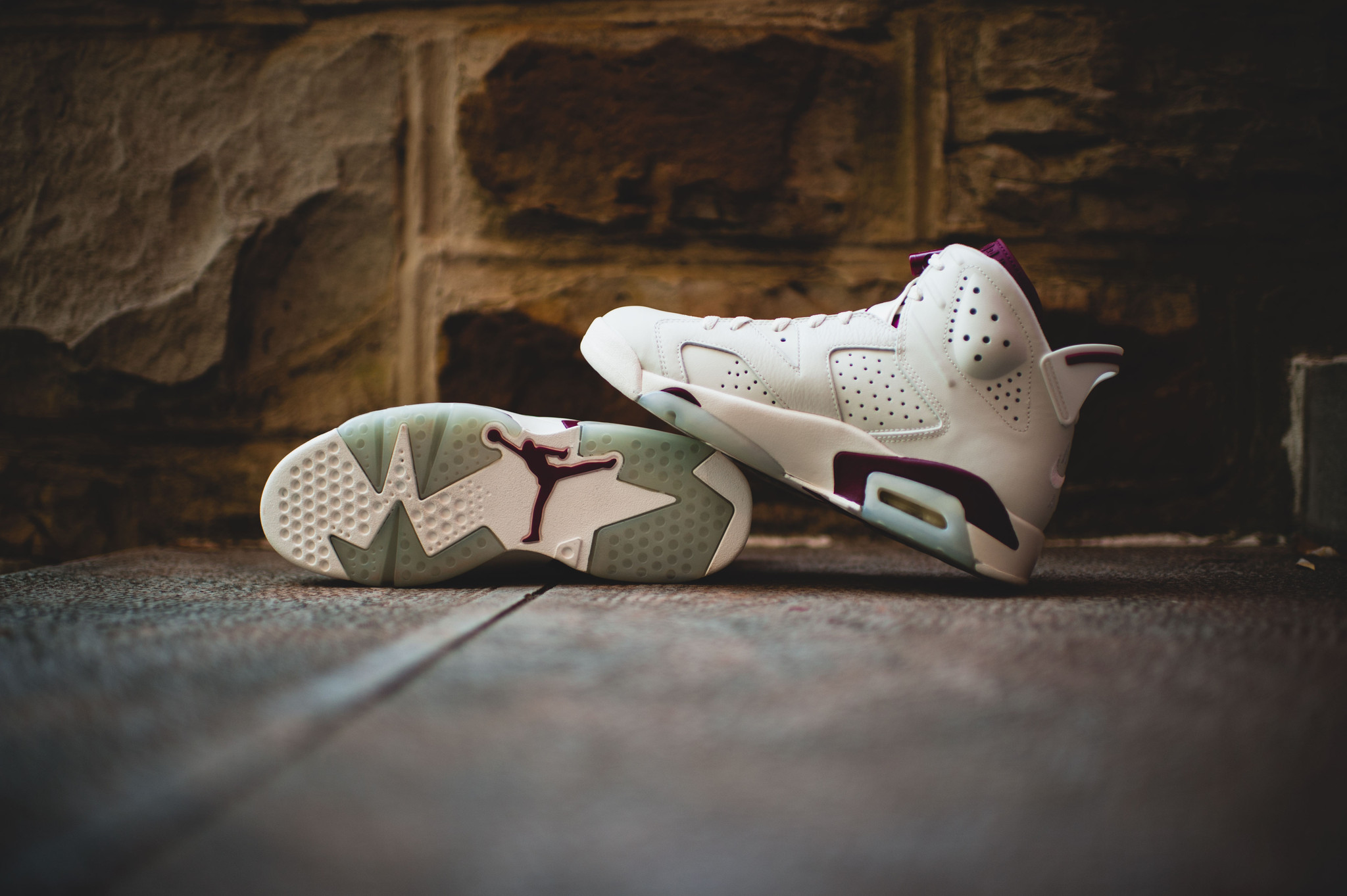 "online store 01f7e 26a23 Nike Air Jordan 6 ""Maroon"" Retro | WAVE®"
