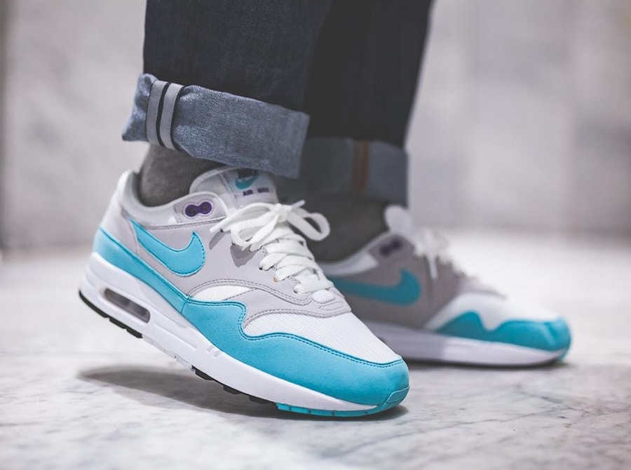 Nike Air Max 1 Anniversary Aqua : on feet