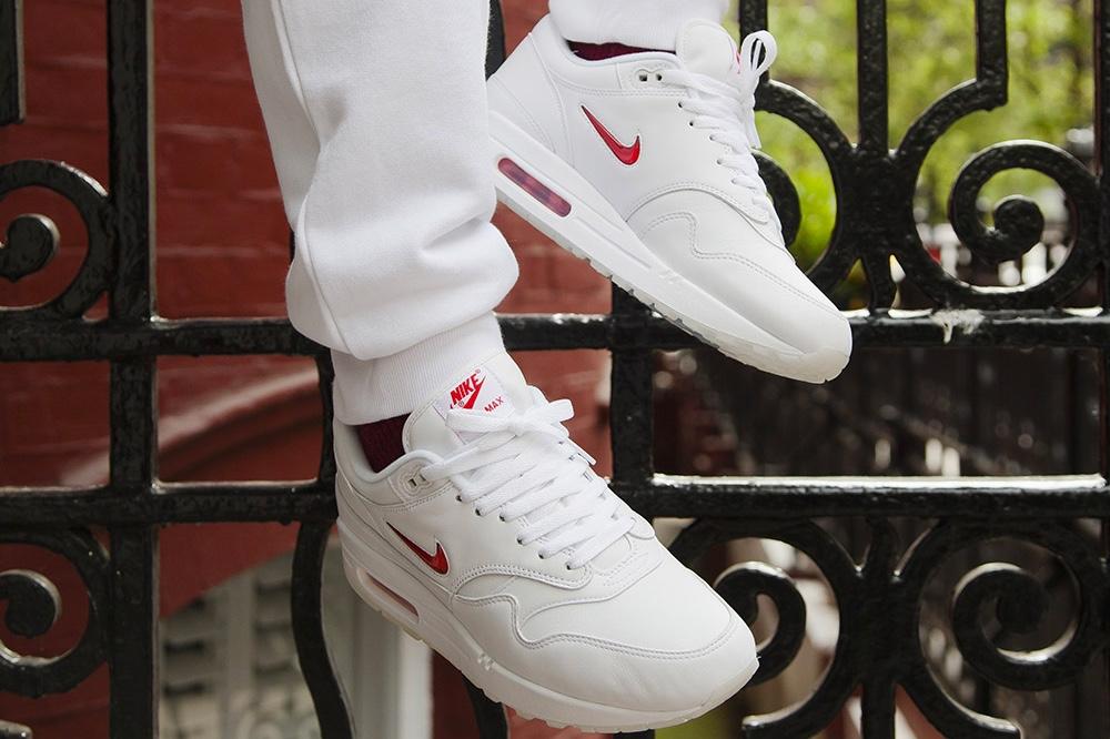Max Jewel Nike Air 1 Varsity RedWave® vN8yn0wmOP