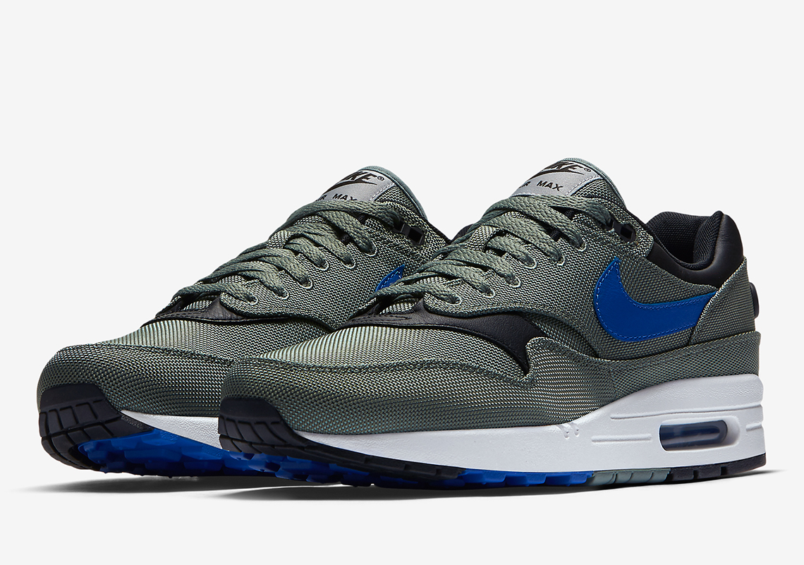 nike air max 1 logo 93 pack release date sneakers addict. Black Bedroom Furniture Sets. Home Design Ideas