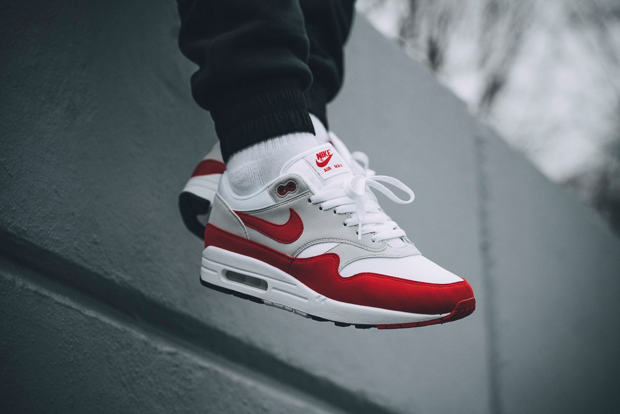 nike air max 1 og anniversary red re release. Black Bedroom Furniture Sets. Home Design Ideas