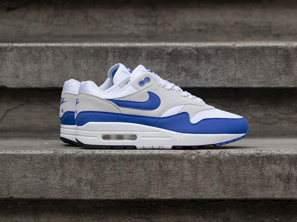 nike air max 1 og royal blue release reminder sneakers. Black Bedroom Furniture Sets. Home Design Ideas