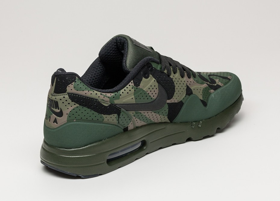 "Nike Air Max 1 Ultra Moire ""Camo Green"" 