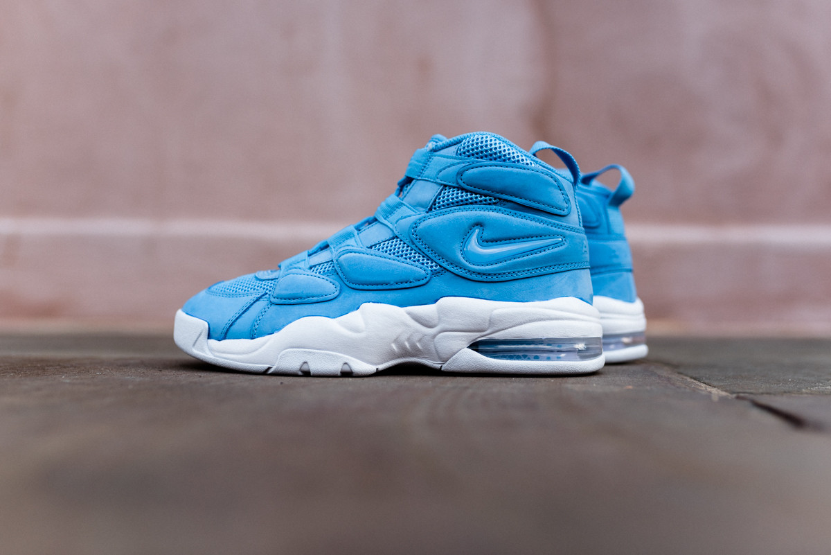 Air jordan italy blue pack sneakers addict for Nike official site italia