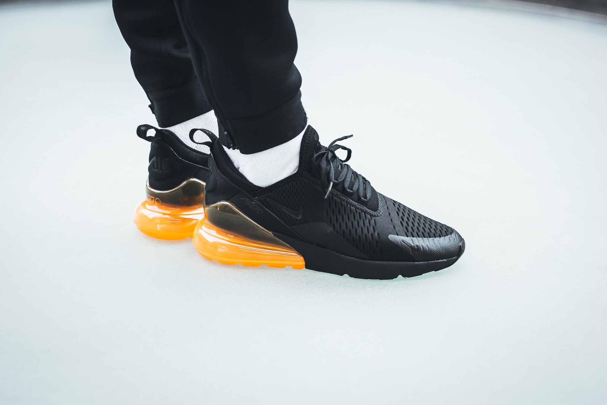 air max 270 noir orange