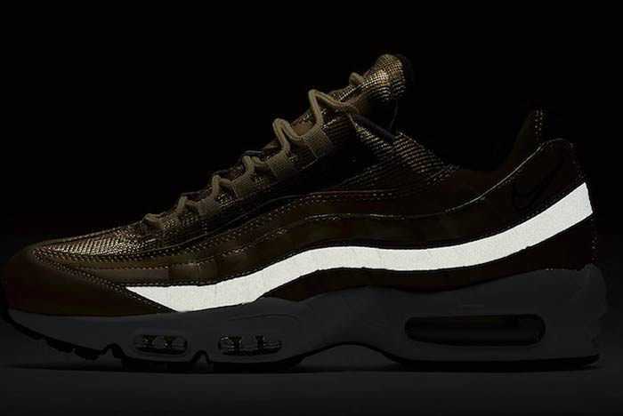 Nike Air Max 95 Metallic Gold : Release Date | WAVE®