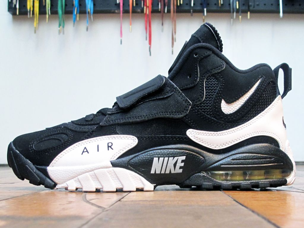 Search Sneaker Central results for: 'nike'