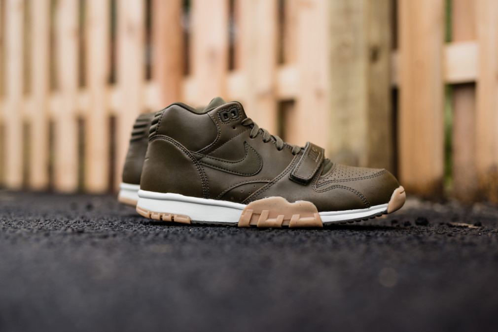 Nike-Air-Trainer-1-Mid-Dark-Loden-Gum-4