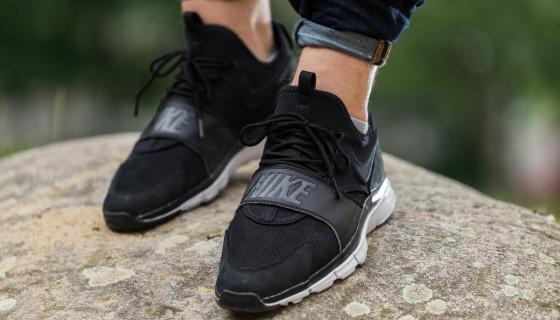 Nike Sportswear Free Ace Leather
