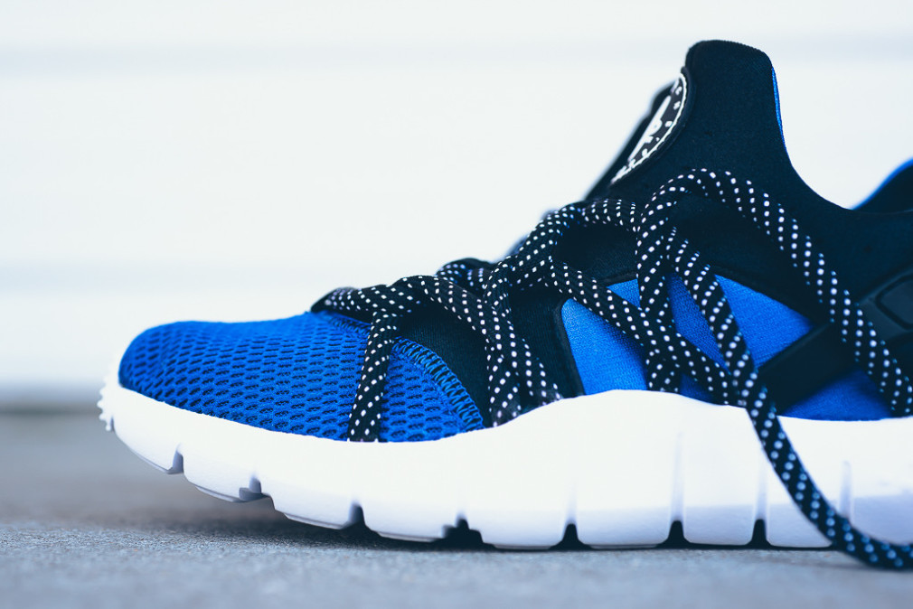 NikeHuarache NM - Game Royal/Black-White
