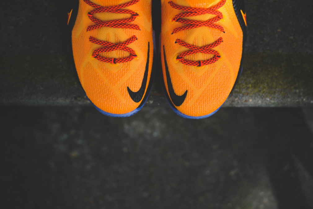 Nike lebron 12 39 cleveland 39 sneakers addict for Interieur sport lebron james